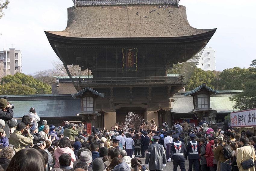 筥崎宮 玉取祭